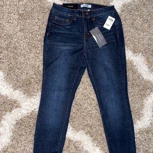Jeans ! Refuge Charlotte Russe